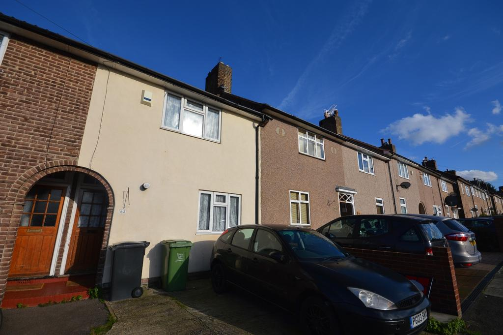 2 Bedrooms Terraced House for sale in Reigate Road Bromley BR1
