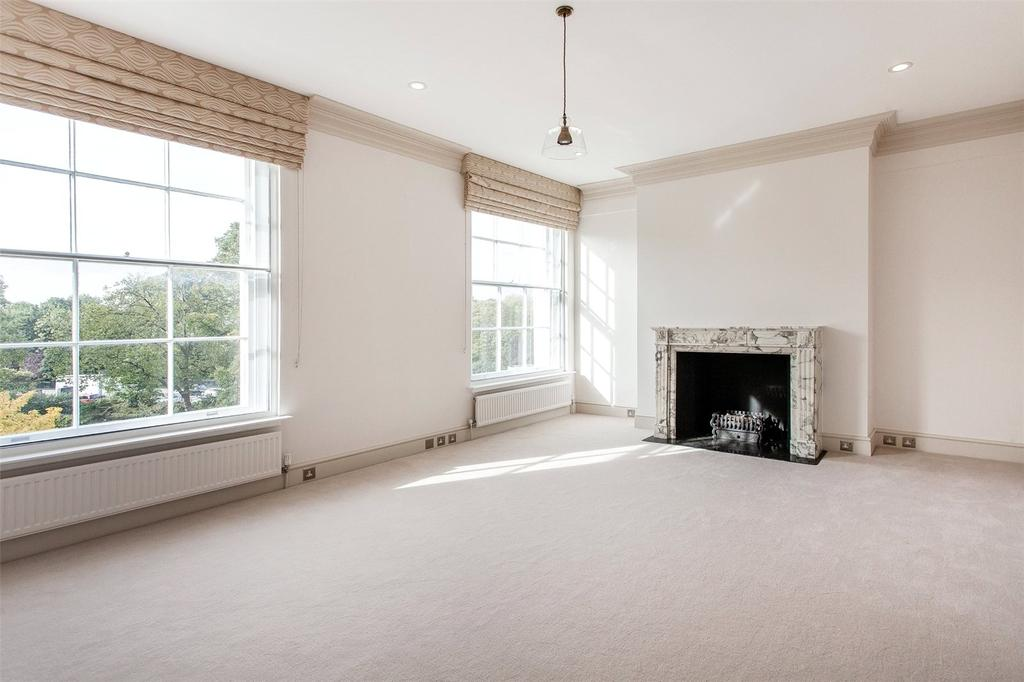 4 Bedrooms Flat for rent in Park Crescent, London, W1B