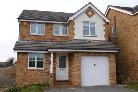 4 bedroom detached house to rent - Hollybank Close