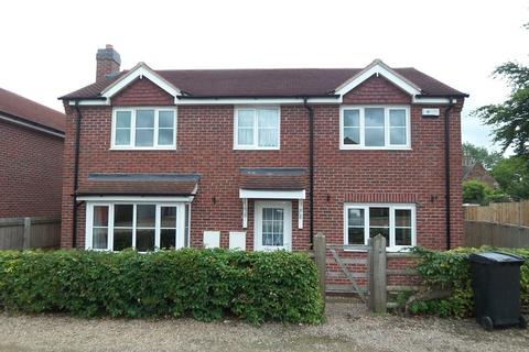 3 bedroom detached house to rent - Charnwood Avenue, Asfordby, Melton Mowbray