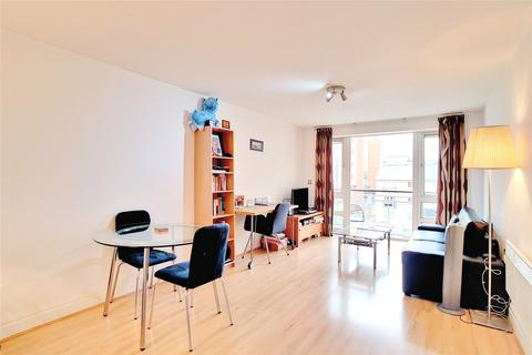 1 bedroom flat to rent - St Davids Square, London, E14