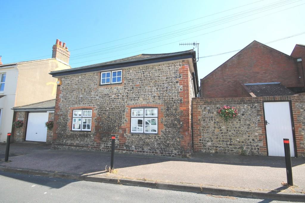 3 Bedrooms Barn Conversion Character Property for sale in Albert Road, Southwick