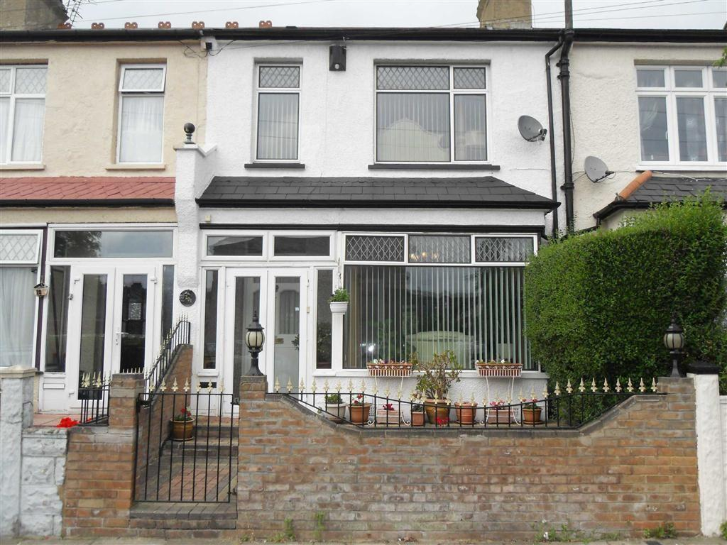 3 Bedrooms Terraced House for sale in Blithdale Rd, Abbey Wood