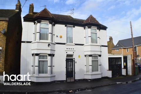 3 bedroom detached house to rent - Jefferson Road, ME12