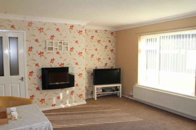 2 Bedrooms Apartment Flat for sale in 10 Adams Crescent, Newport, Shropshire, TF10 7QL