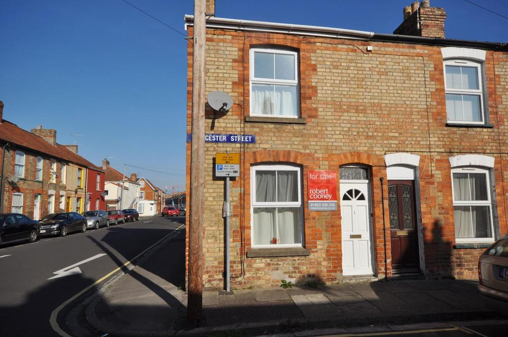 2 Bedrooms End Of Terrace House for sale in Gloucester Street, Taunton