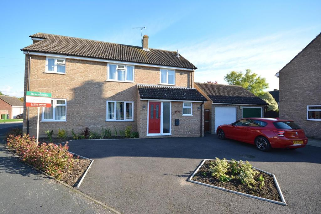 4 Bedrooms Detached House for sale in Thistledown, Panfield, Braintree, Essex, CM7