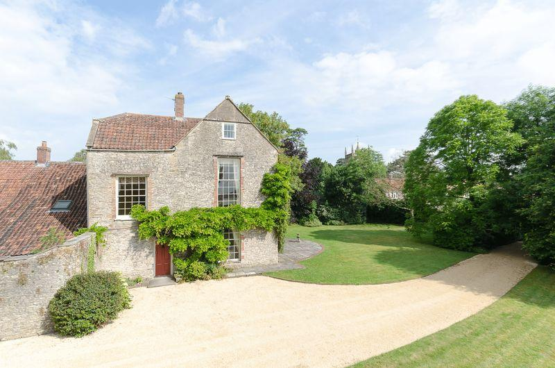 6 Bedrooms Detached House for sale in Hinton Blewett, Between Bath, Bristol Wells