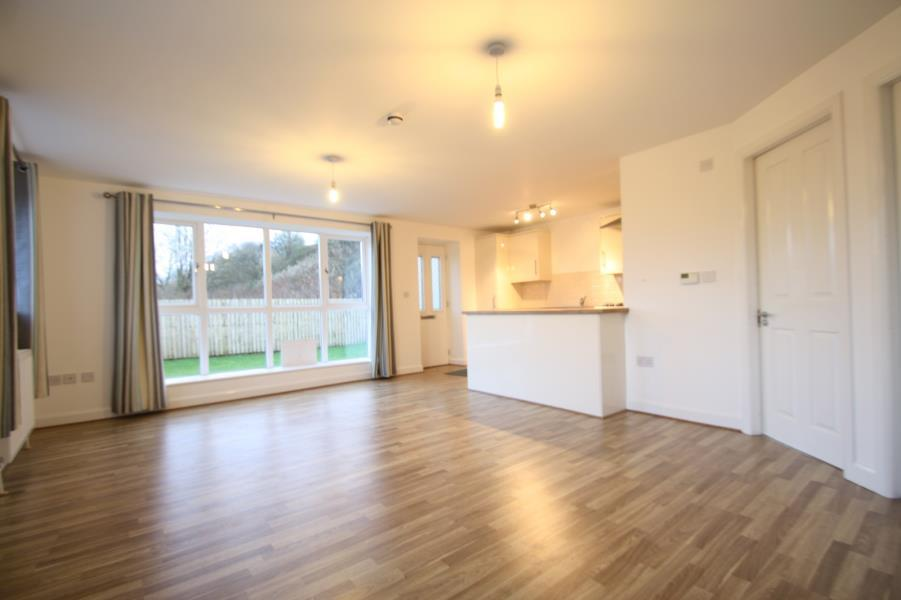 2 Bedrooms Flat for rent in CHURWELL COURT, CHURWELL, LEEDS, LS27 7SY