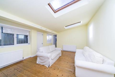 1 bedroom ground floor flat to rent - Alexandra Road, Kew, TW9
