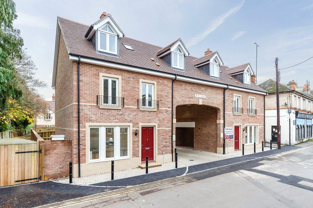 2 Bedrooms Semi Detached House for sale in River Street, Pewsey, SN9