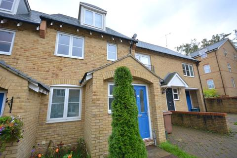 3 bedroom semi-detached house to rent - Underwood Rise, Tunbridge Wells