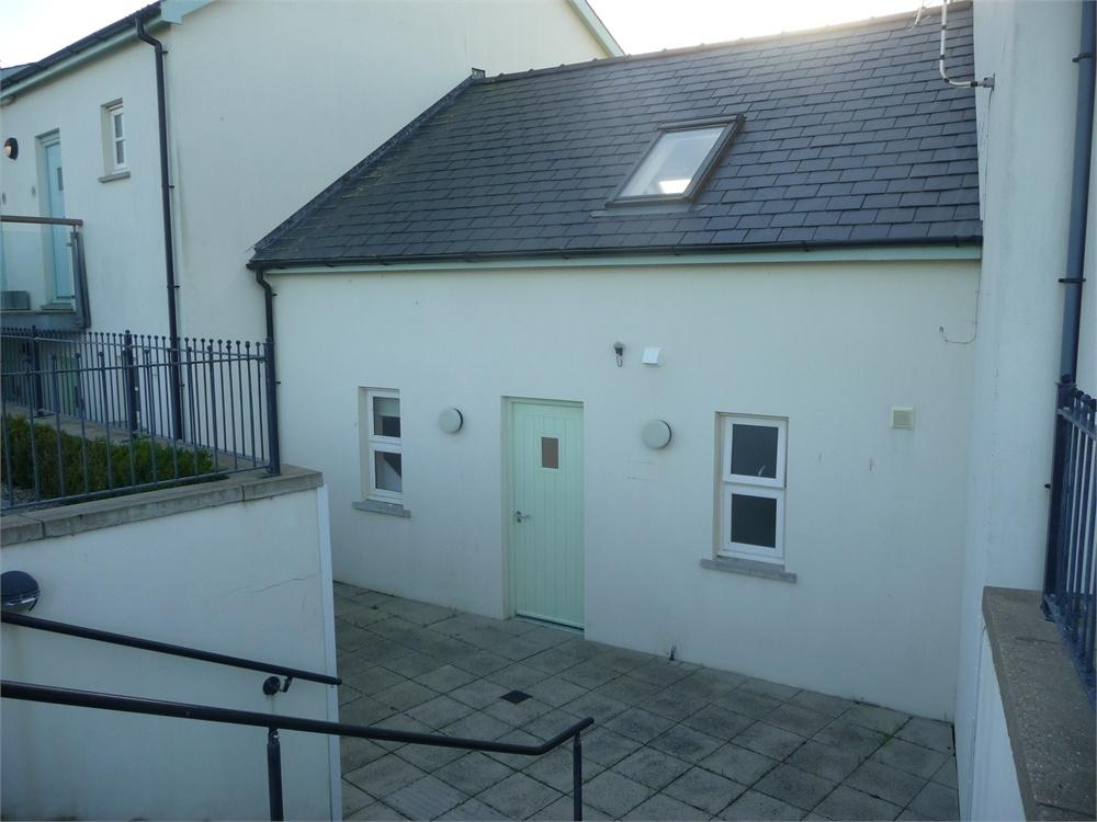 1 Bedroom Flat for sale in Y Cwtch, Newport Links Golf Resort, Golf Club Road, Newport, Pembrokeshire