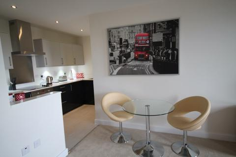 1 bedroom apartment to rent - Winchester Road, Town Centre
