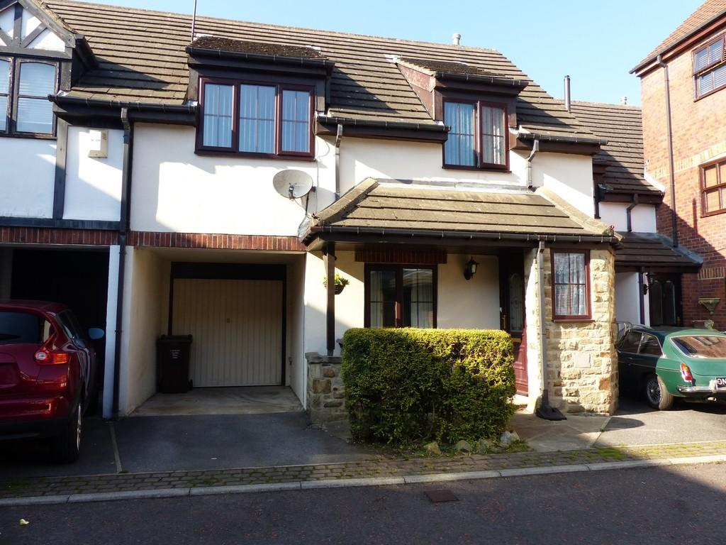 2 Bedrooms Mews House for sale in Washburn Court, Silsden