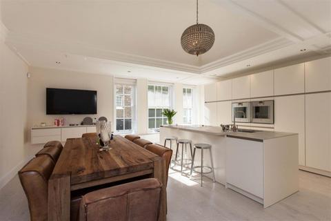 3 bedroom flat to rent - Montagu Square, Marylebone, London, W1H