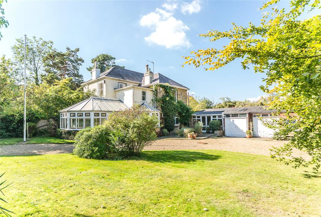 4 Bedrooms Unique Property for sale in Nottingham Road South, Heronsgate, Rickmansworth, Hertfordshire, WD3