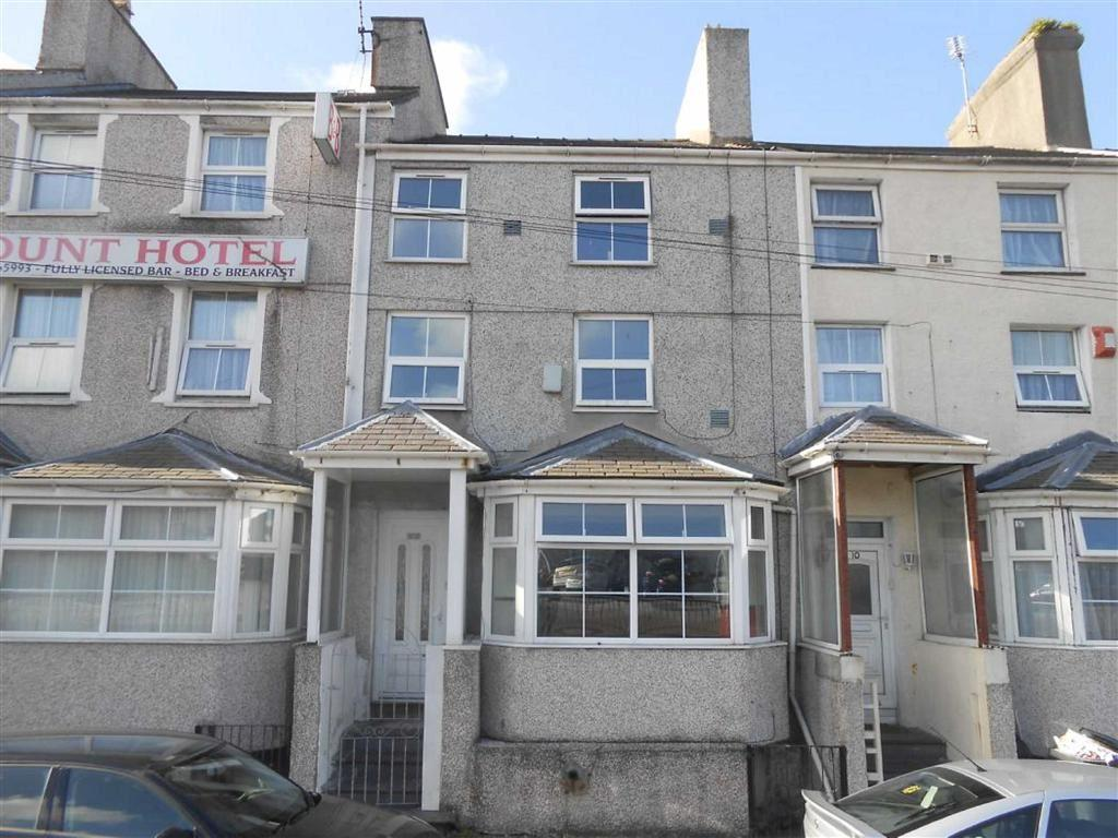 4 Bedrooms Terraced House for sale in London Road, Holyhead, Anglesey, LL65