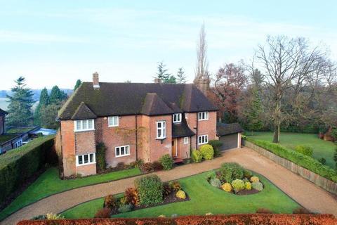 5 bedroom detached house to rent - Top Park, Gerrards Cross, SL9