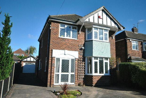 3 Bedrooms Detached House for sale in Eastwood Avenue, Grimsby