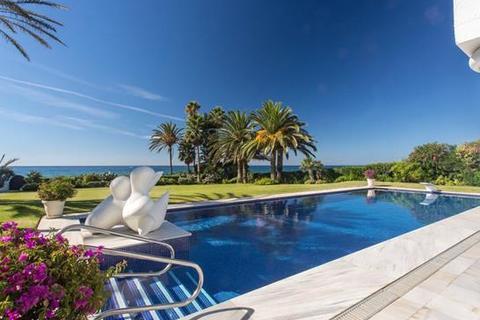 5 bedroom villa  - Los Monteros, Marbella East, Marbella, Costa Del Sol