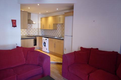 3 bedroom ground floor flat to rent - Dinsdale Road, Sandyford, Newcastle upon Tyne NE2