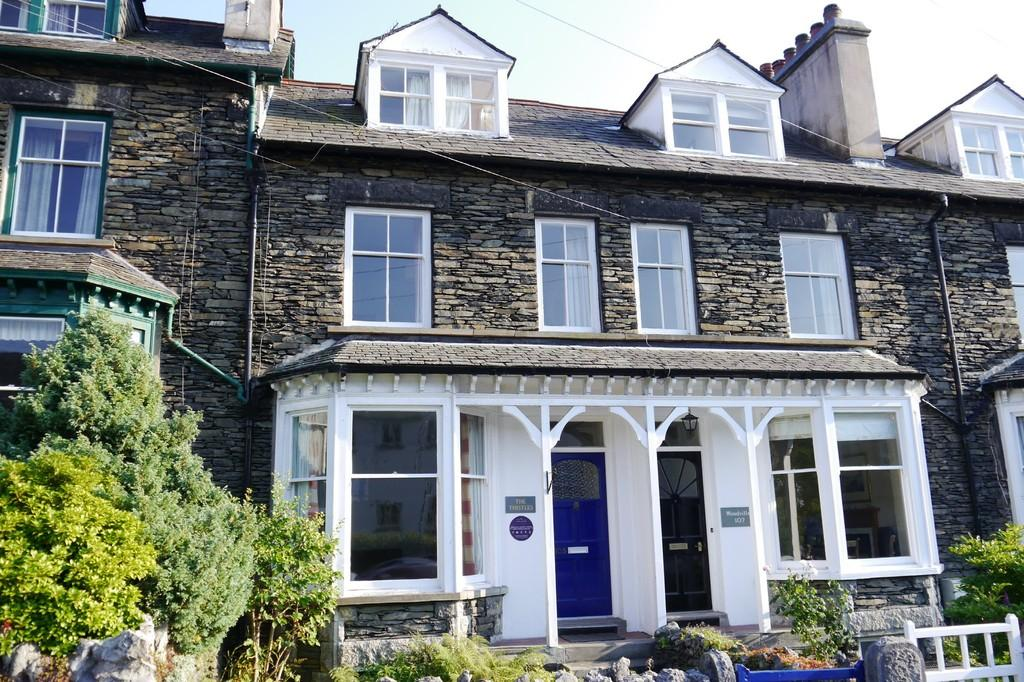 4 Bedrooms Terraced House for sale in The Thistles, 105 Craig Walk, Bowness-on-Windermere, LA23 2JS