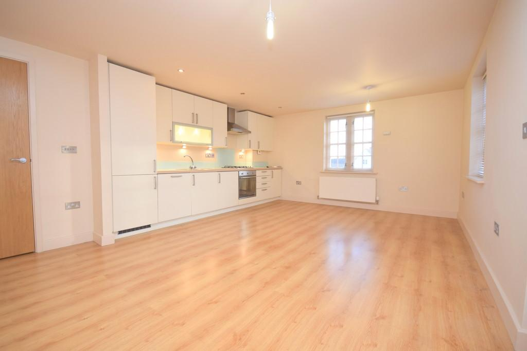 2 Bedrooms Apartment Flat for rent in Grosvenor Place, Colchester