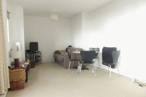 1 bedroom apartment to rent - The Sphere, E16