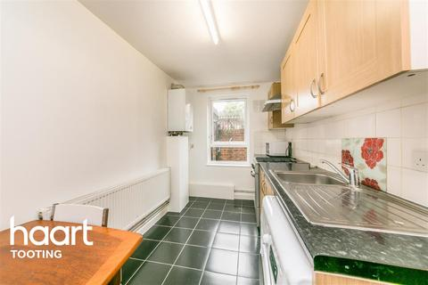 1 bedroom flat to rent - Swains Road, SW17