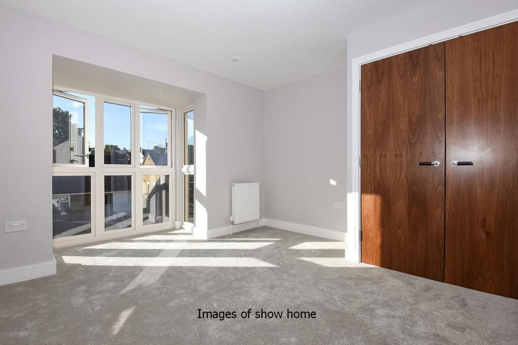 3 Bedrooms Town House for sale in Nightingale Grove, Hither Green, SE13