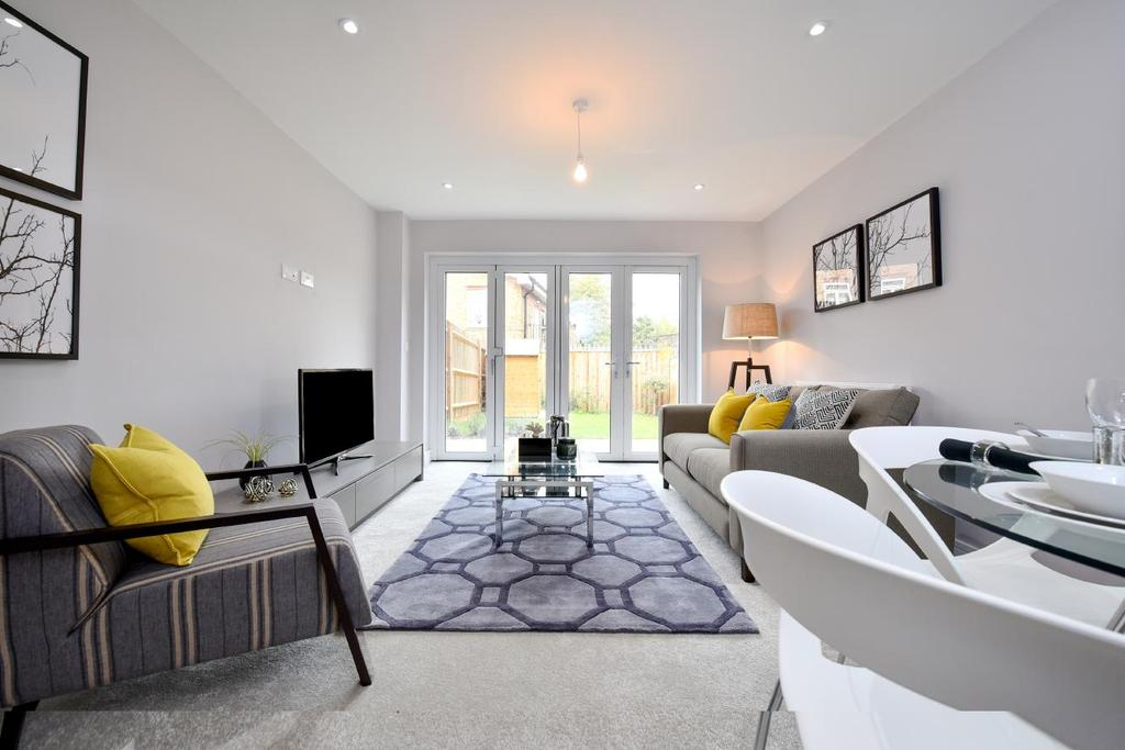 3 Bedrooms Town House for sale in Meridian Mews, Nightingale Grove, Hither Green