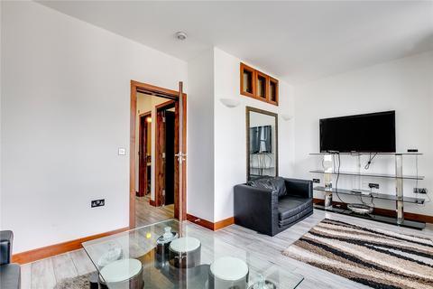 2 bedroom flat to rent - Westbourne Gardens, London