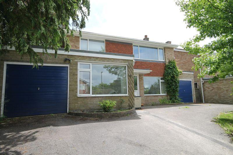4 Bedrooms Detached House for sale in Meadows, Hassocks, West Sussex,