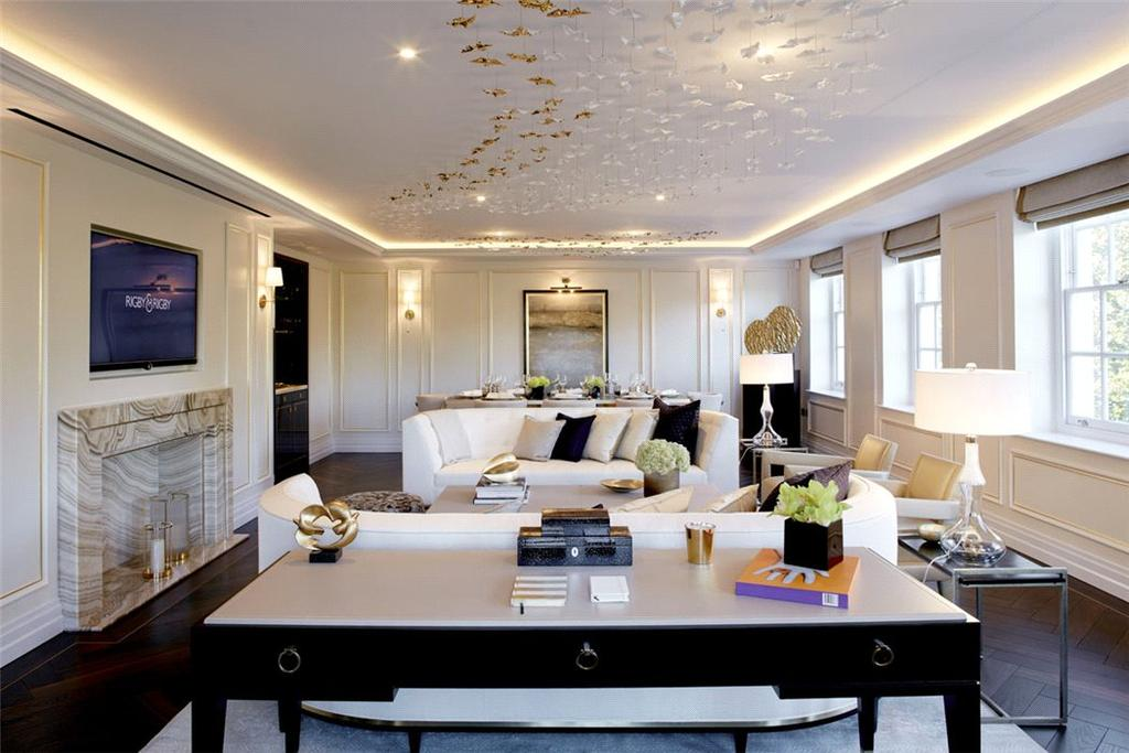 3 Bedrooms Flat for sale in Grosvenor Square, Mayfair, London, W1K