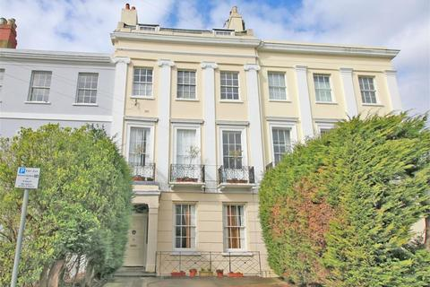 2 bedroom flat for sale - Berkeley Street, Cheltenham