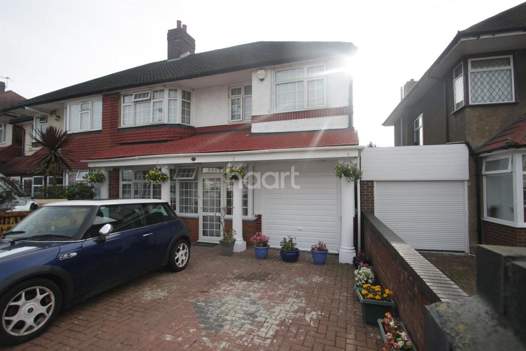 5 Bedrooms Semi Detached House for sale in Norwood Green