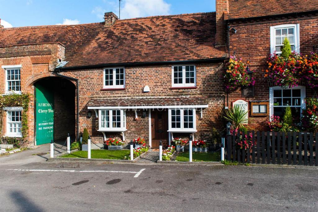 3 Bedrooms Cottage House for sale in Denham Village, Denham, Buckinghamshire