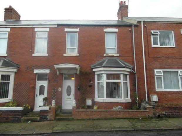 4 Bedrooms Terraced House for sale in ALFRED STREET, SEAHAM, SEAHAM DISTRICT