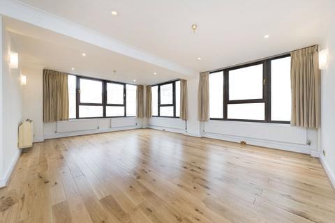 2 bedroom flat to rent - Great Portland Street, London, W1W