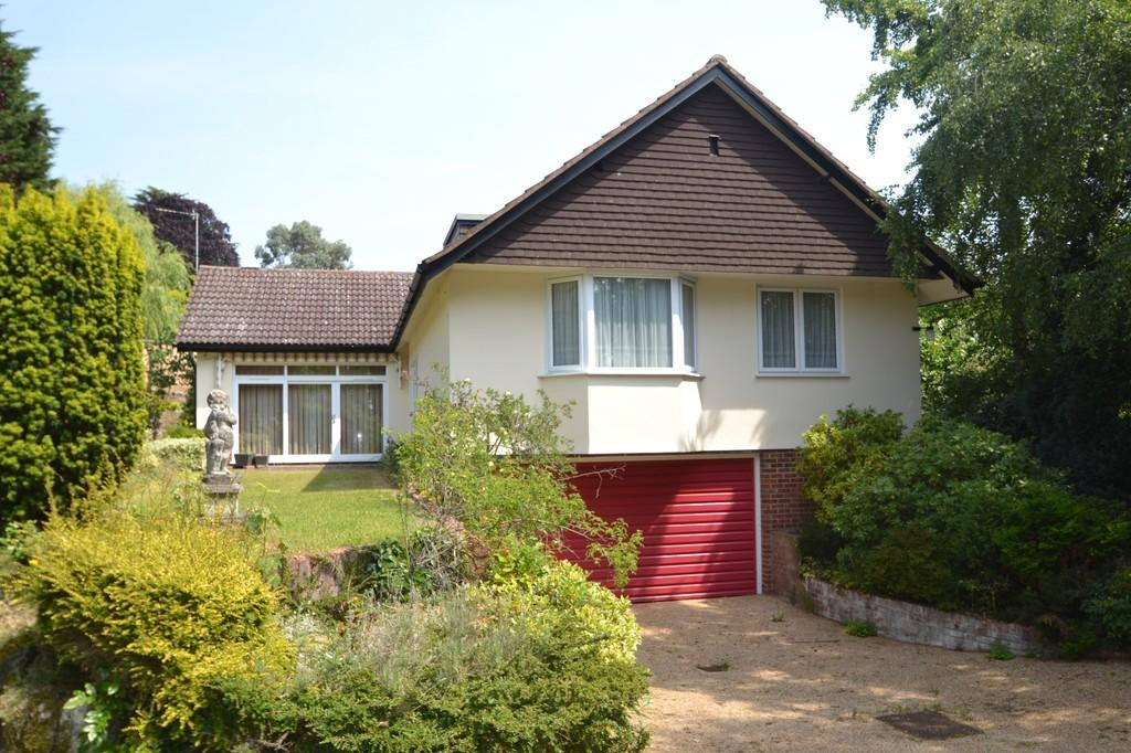 4 Bedrooms Detached Bungalow for sale in St. Edmunds Place, Ipswich