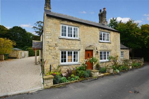 4 bedroom detached house to rent - The Green, Thorp Arch, Wetherby, West Yorkshire, LS23 7AB