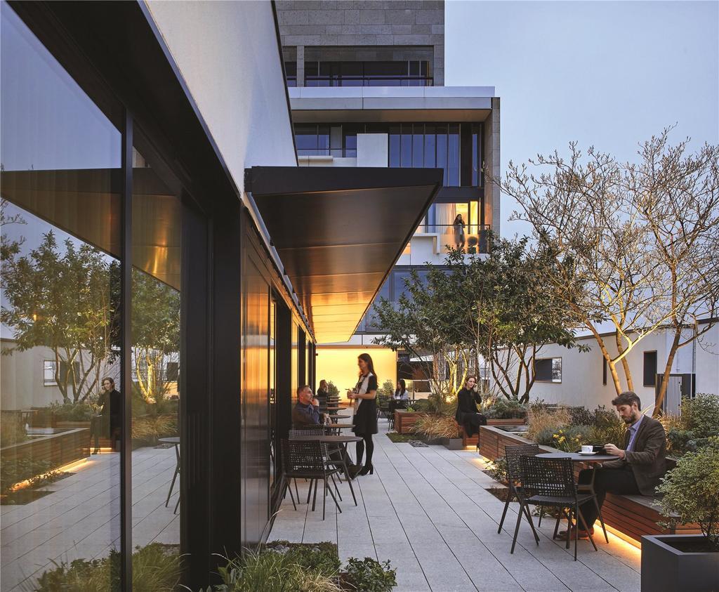3 Bedrooms Flat for sale in The Nova Building, Victoria, London, SW1E