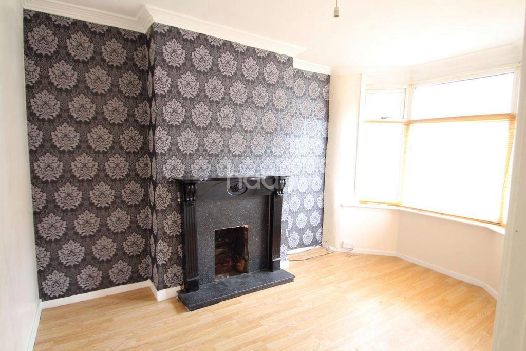 3 Bedrooms Terraced House for sale in West End Avenue, Bentley, Doncaster