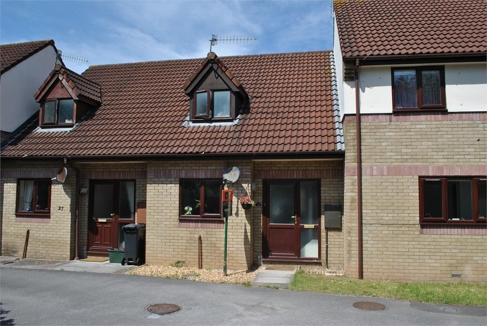 2 Bedrooms Terraced House for rent in The Briars, Backwell, Bristol, Somerset