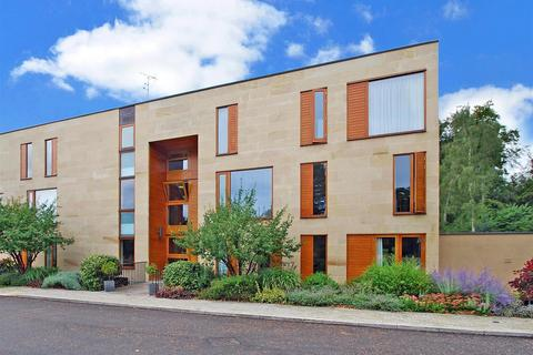 2 bedroom flat to rent - Cliveden Gages, Taplow, SL6
