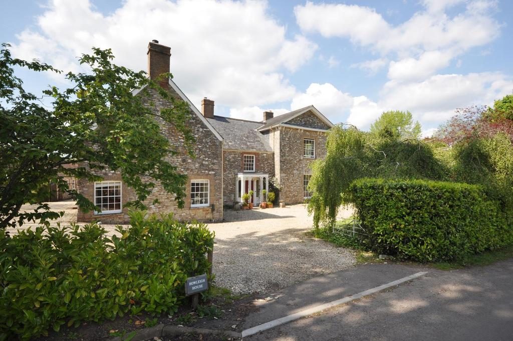5 Bedrooms Detached House for sale in Howleigh, Blagdon Hill. About 3 Acres