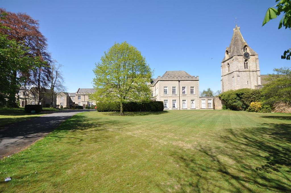 2 Bedrooms Flat for sale in Manor House, (Off Priory Road) Mansfield Woodhouse