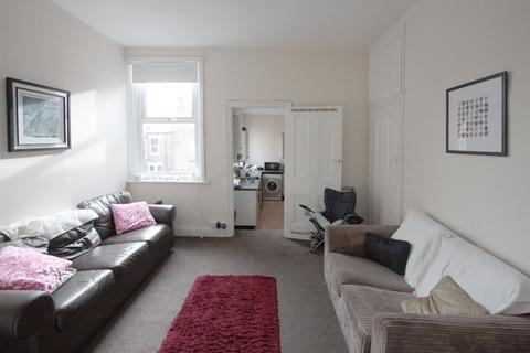 4 bedroom apartment to rent - Glenthorn Road, Newcastle Upon Tyne