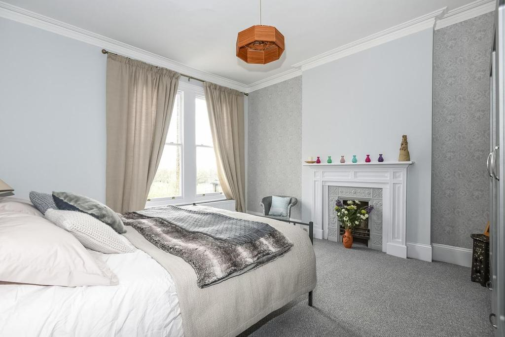 5 Bedrooms Semi Detached House for sale in Auckland Road, Crystal Palace, SE19